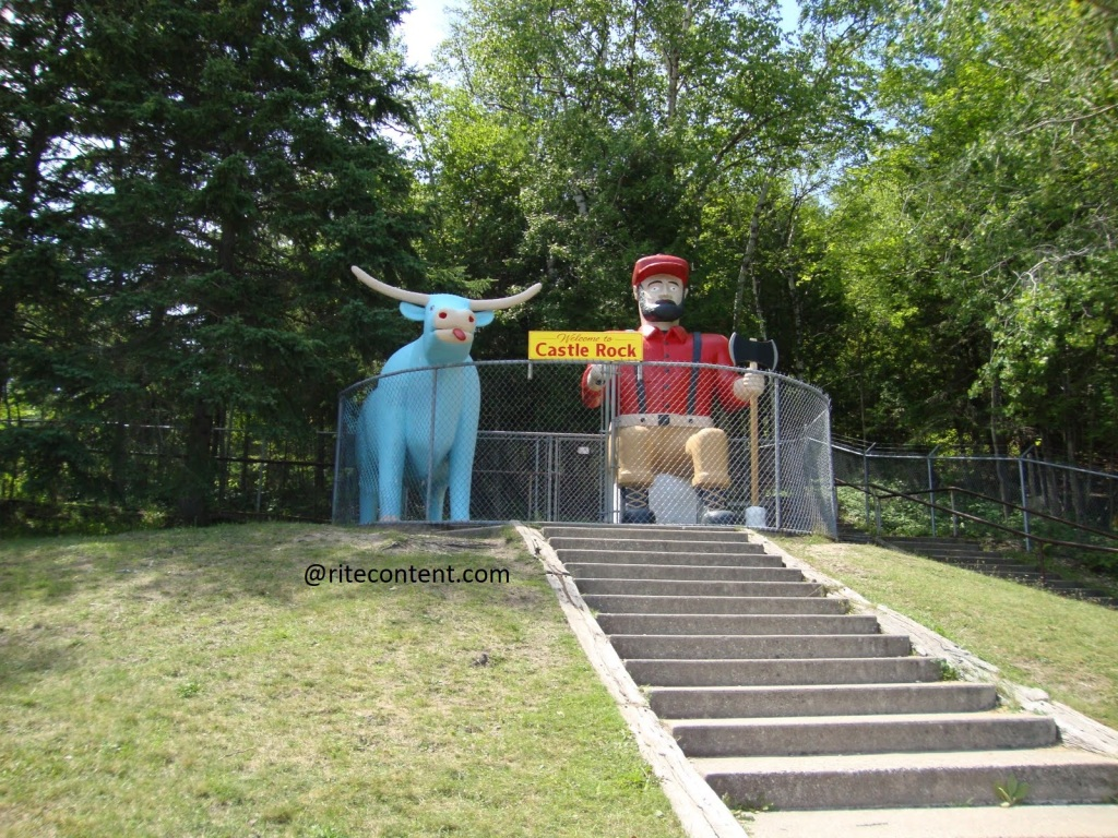 Statue of Paul Bunyan and a blue bison